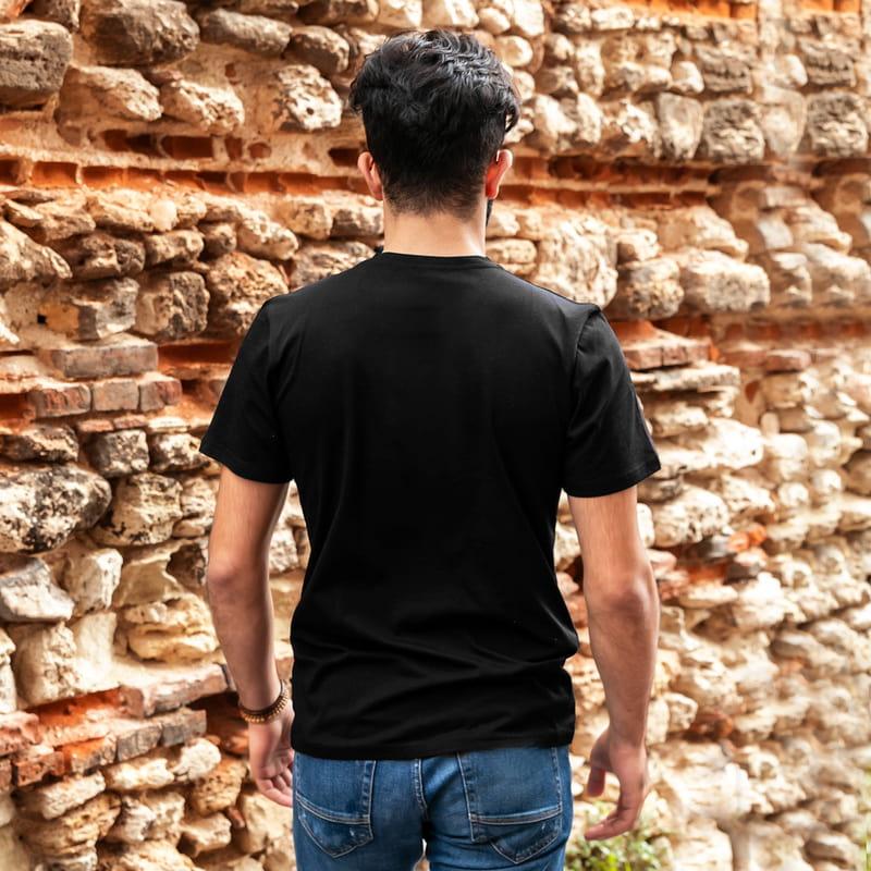 Siyah Beyaz Renkli İsimli Ve Tarihli Tişört