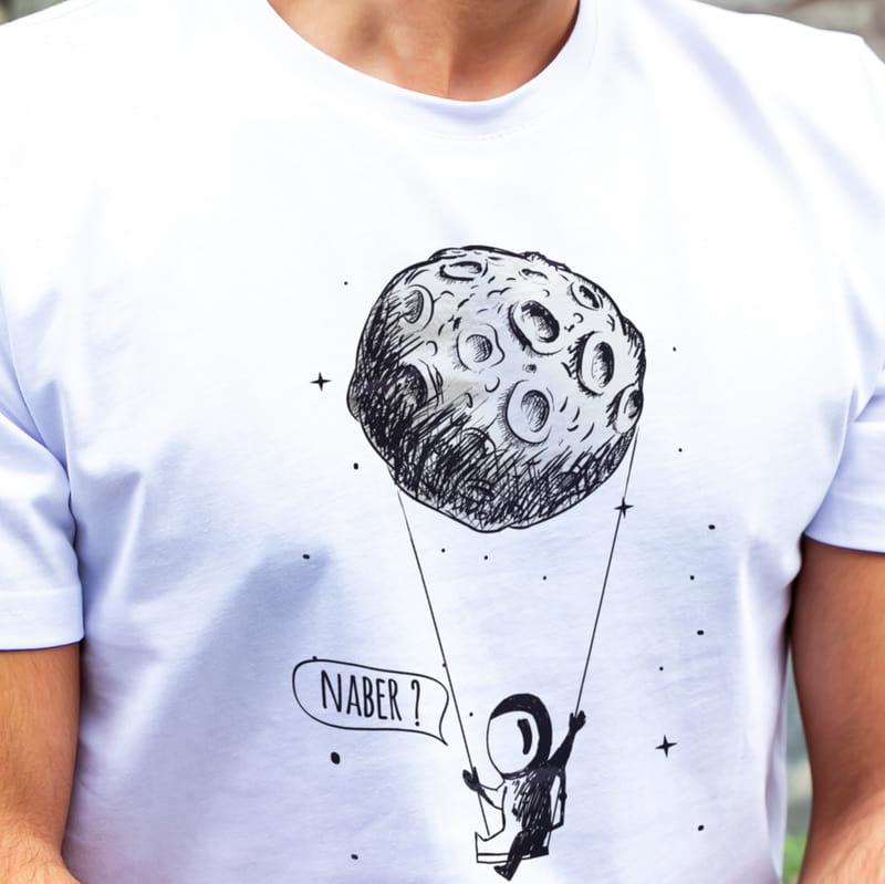 Uzay Tasarımlı Kişiye Özel Mesajlı Tişört