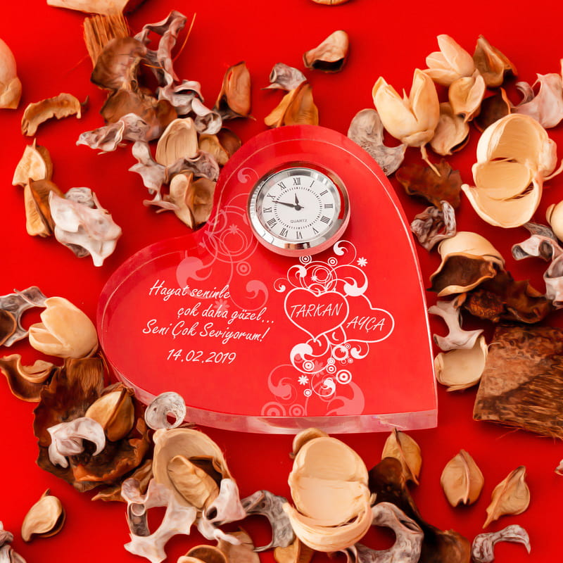 Hayat Seninle Güzel Masa Saati