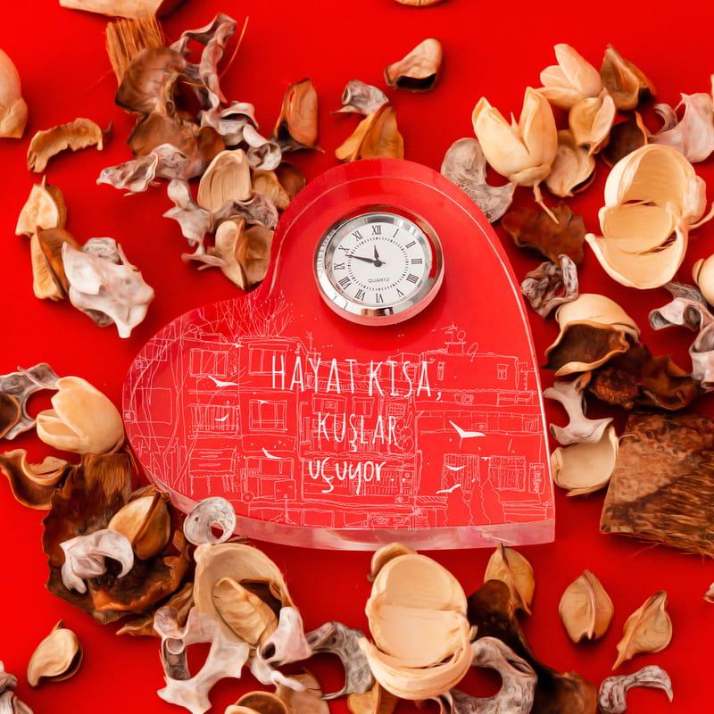 İstanbul Tasarımlı Şiir Motto Mesajlı Kalp Saat
