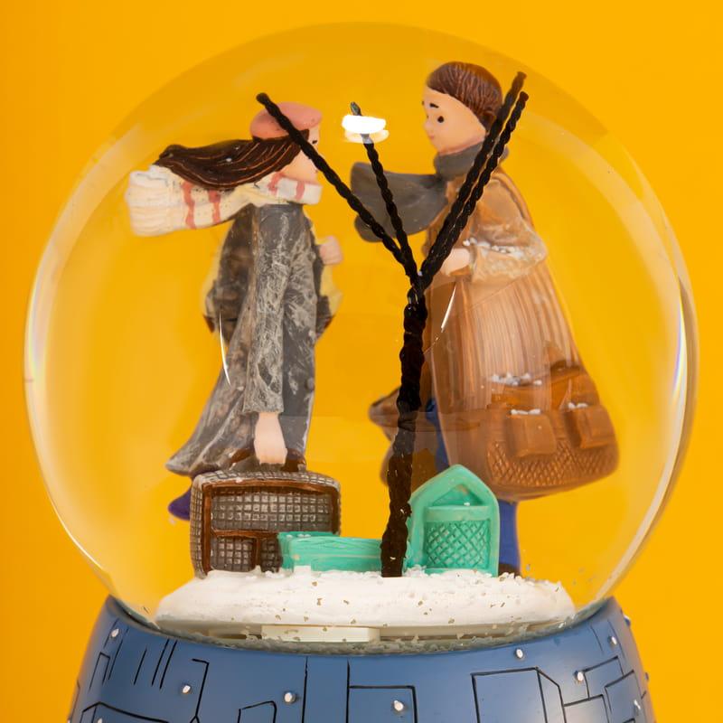 Winter And Love Sevgiliye Hediye Müzik ve Işıklı Kar Küresi