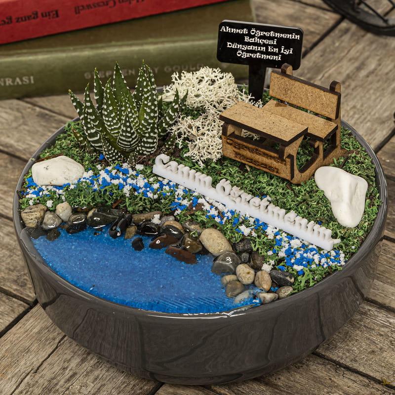Erkek Öğretmene Hediye Dünyanın En İyi Öğretmeni Temalı Minyatür Bahçe