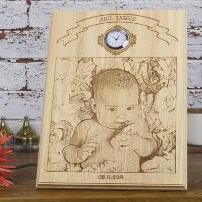 Bebek Hediyesi Saatli Ahşap Foto