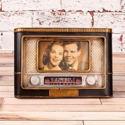 Babaya Özel Yeni Yıl Hediyesi Radyo Tasarımlı Çerçeve