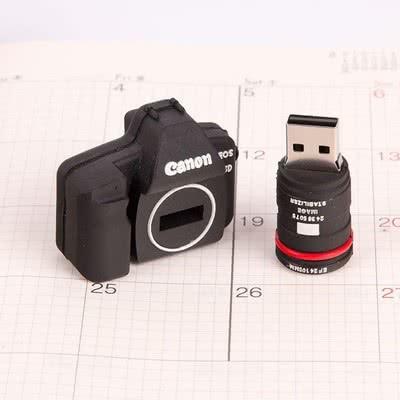 Fotoğraf Çekmeyi Sevenlere 8 Gb Canon Usb Bellek