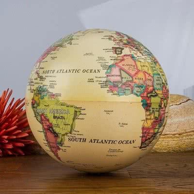 Sevgiliye Özel Işıklı Dünya Küresi Hediyesi