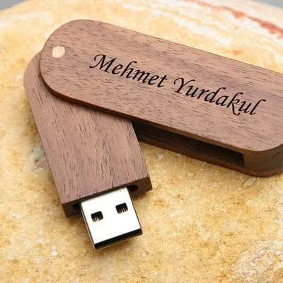 İş Arkadaşına Hediye Ahşap USB Bellek