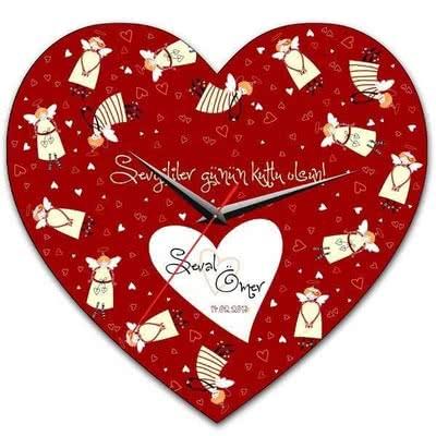 Kız Arkadaşa Hediye Kalpli Duvar Saati
