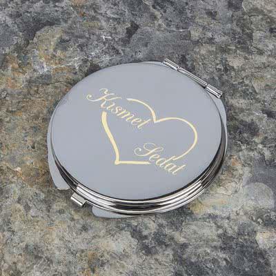 Yengeç Burcu Kadını İçin Kalpli Metal Ayna