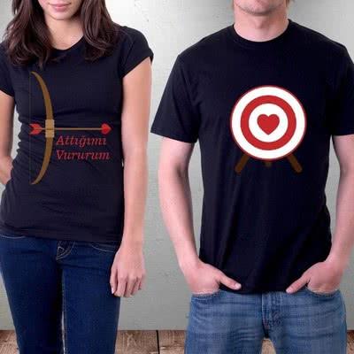 Aşık Çiftler İçin Ok Ve Yay Tasarımlı T-shirt
