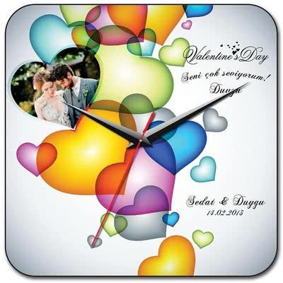Sevgiliye Özel Hediye Renkli Kalpli Saat