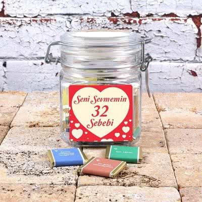 Sevgiliye Hediye Seni Sevmenin 32 Sebebi Çikolata Kavanozu