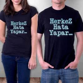 3D Yazı Efektli Mesaj Yazılı Tişört