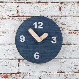 Kot Tasarımlı Nakışlı Duvar Saati