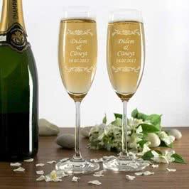 Şampanya Kadehi Seti İsme ve Tarihe Özel