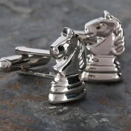 At Figürlü Kol Düğmesi
