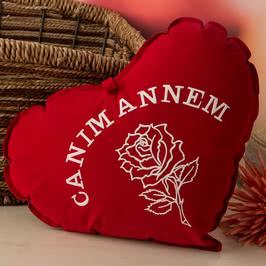 Canım Annem Yazılı 30 Cm Kırmızı Kalp Yastık