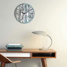 Retro Tasarımlı İsim Yazılı Duvar Saati