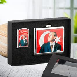Türk Bayrağı ve Atatürk Tasarımlı Çakmak ve Sigara Tabakası Seti