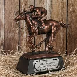 Yarış Atı Figürlü Ödül