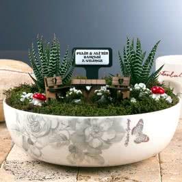 Yıl Dönümüne Özel Canlı Minyatür Bahçe